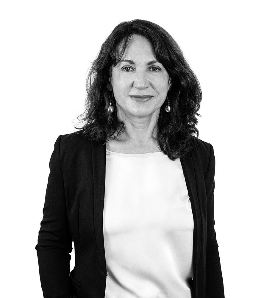 Dr. Tina Bundt